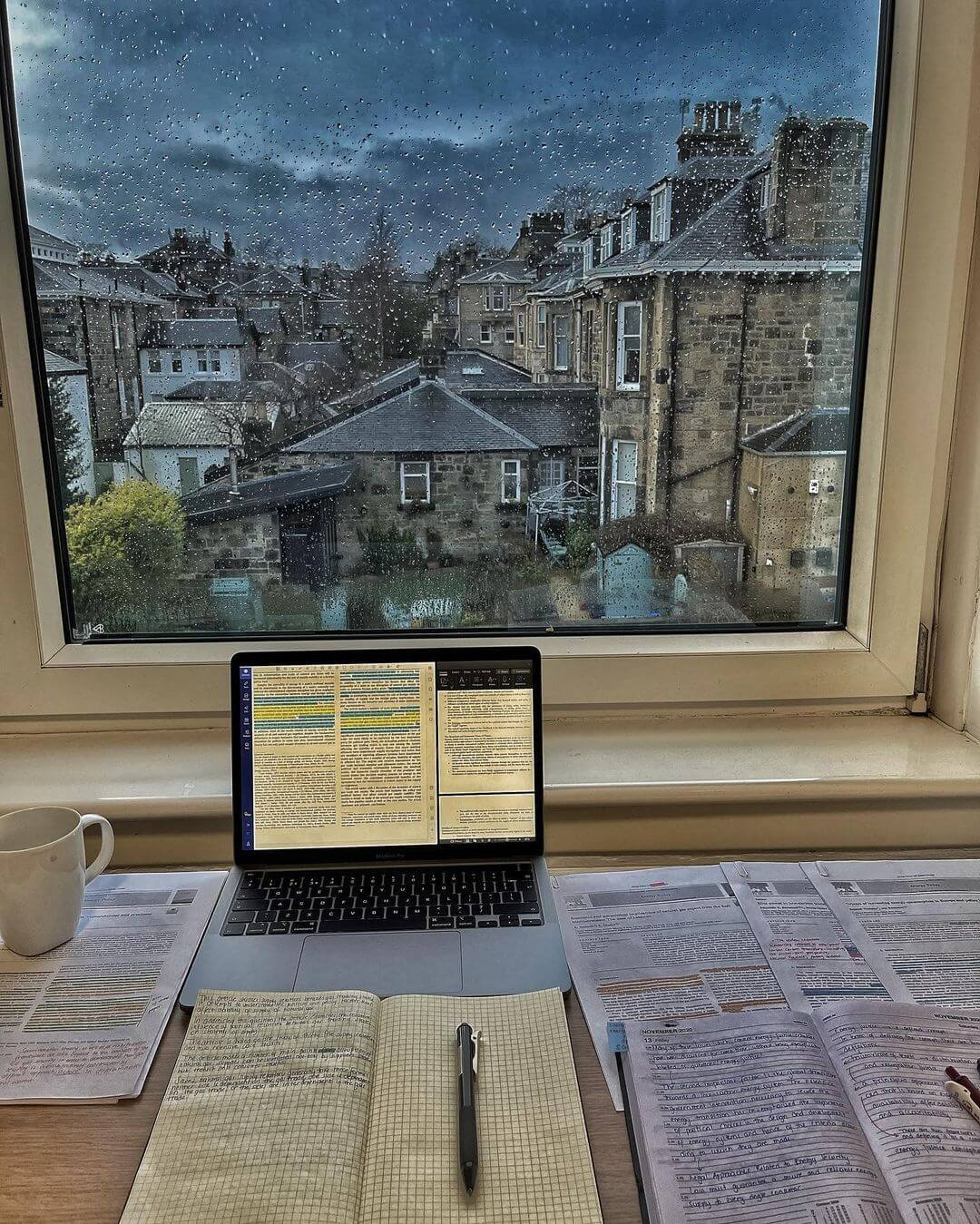 Merve loves studying when it's raining. In Scotland, they would call it 'dreich': grey, damp, and overcast weather