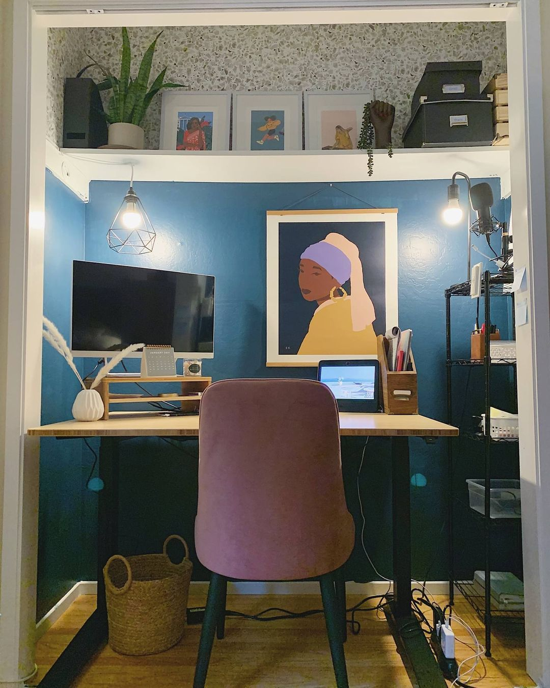 Artsy WFH closet ideas and cloffice inspiration