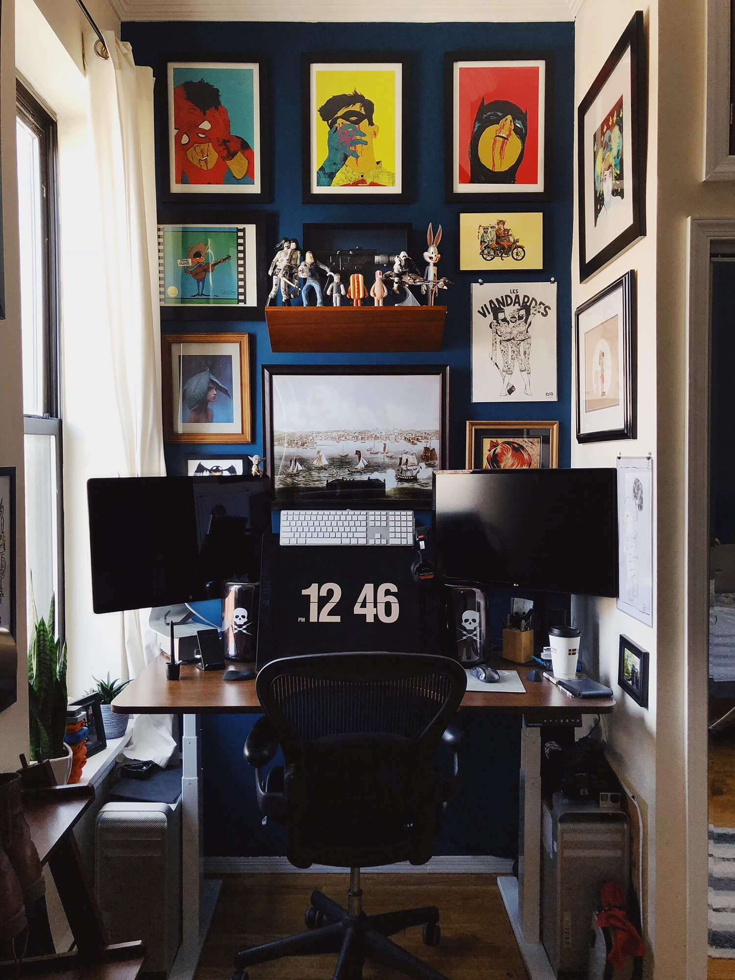 Reddit user truthgoblin decorated his battle nook cloffice with colourful Boneface wall art