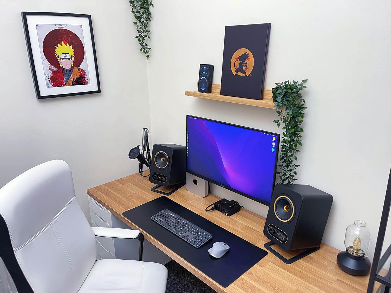 Well-organised IKEA home office setup